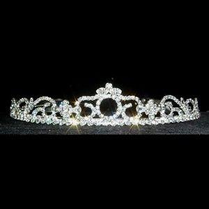 Accessories - Tiara headpiece Rhinestone women hair piece silver
